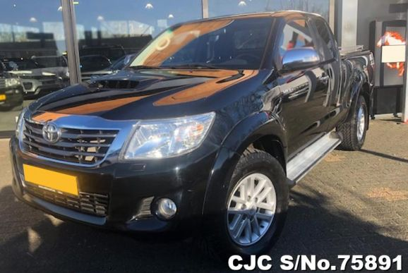 2015 Toyota / Hilux Stock No. 75891