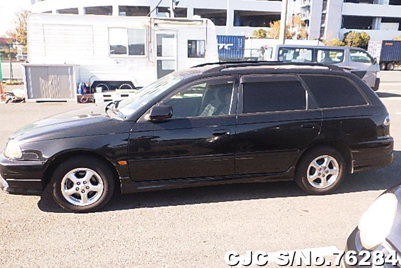 2001 Toyota / Caldina Stock No. 76284