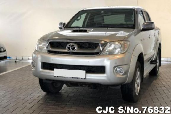 2009 Toyota / Hilux Stock No. 76832