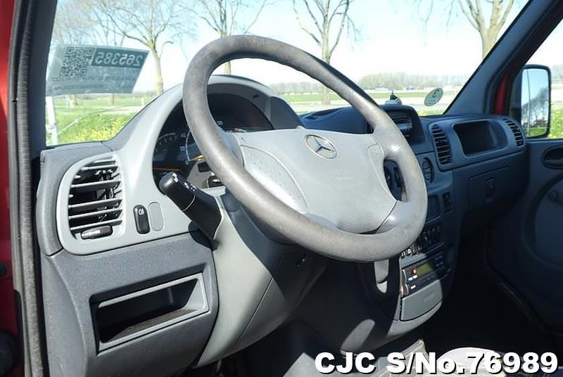 2002 Mercedes Benz / Sprinter Stock No. 76989