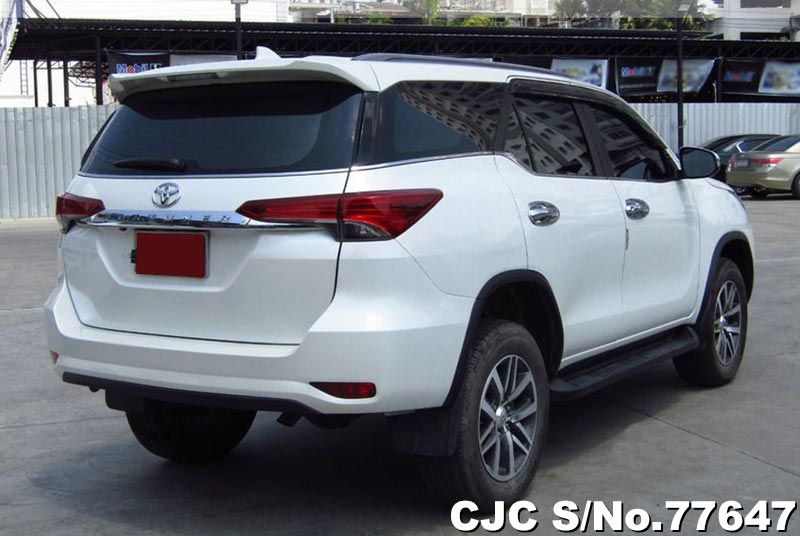 2015 toyota fortuner white for sale