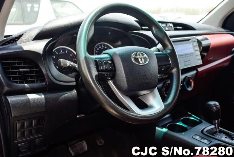 2016 Toyota / Hilux Stock No. 78280