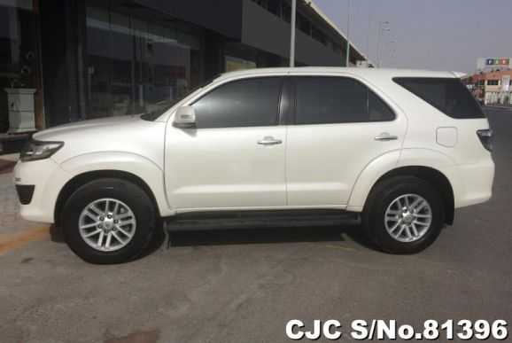 2015 Toyota / Fortuner Stock No. 81396