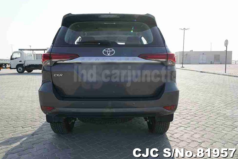 2020 Toyota / Fortuner Stock No. 81957