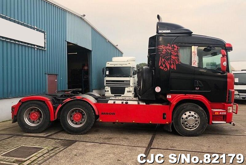 2002 Scania / 124 420 Stock No. 82179