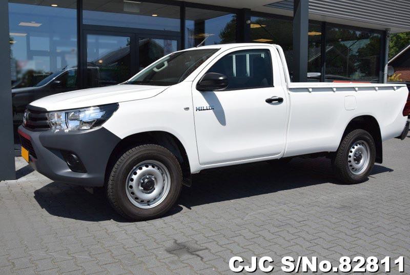 2019 Toyota / Hilux Stock No. 82811