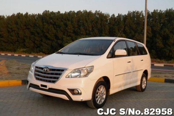 2015 Toyota / Innova Stock No. 82958