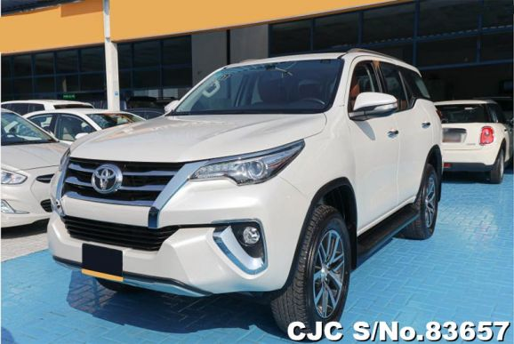 2017 Toyota / Fortuner Stock No. 83657