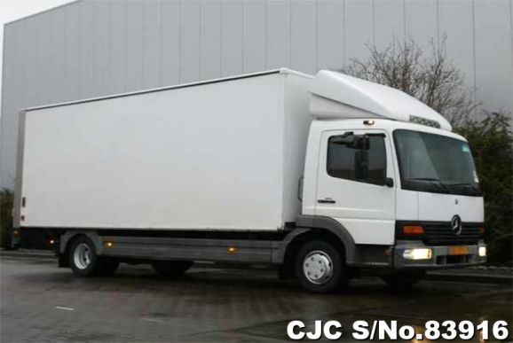 2001 Mercedes Benz / Atego Stock No. 83916
