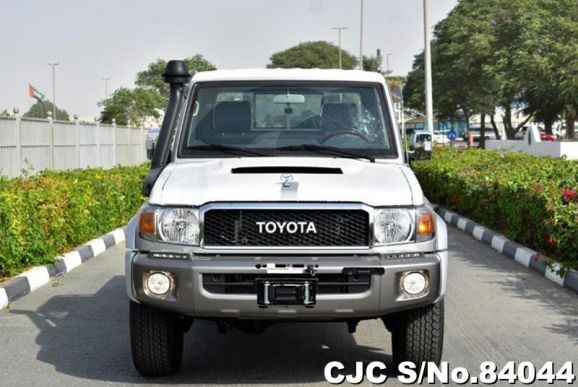 2020 Toyota / Land Cruiser Stock No. 84044