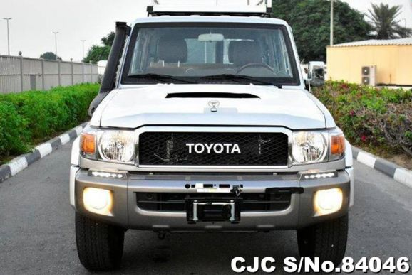 2020 Toyota / Land Cruiser Stock No. 84046