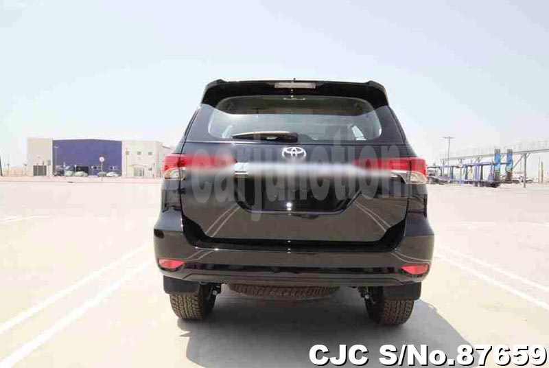 2020 Toyota / Fortuner Stock No. 87659