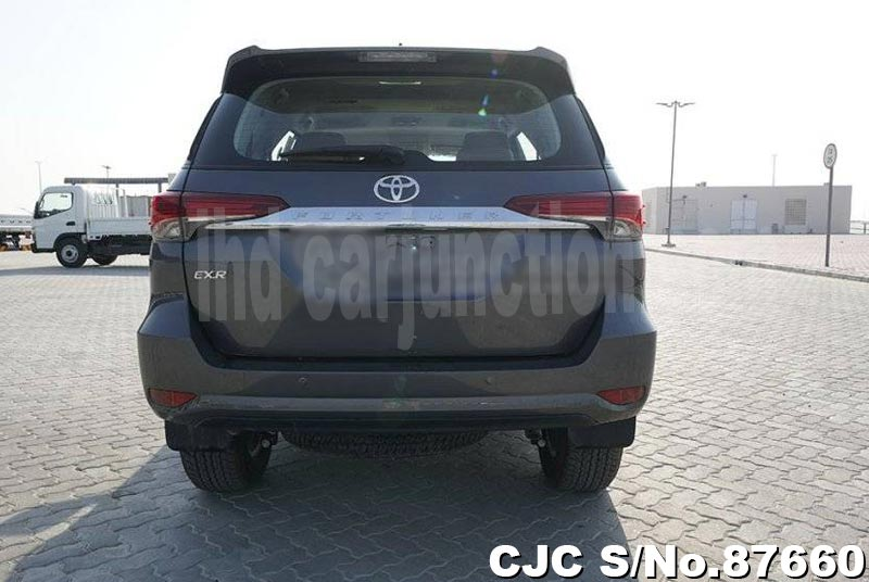2020 Toyota / Fortuner Stock No. 87660