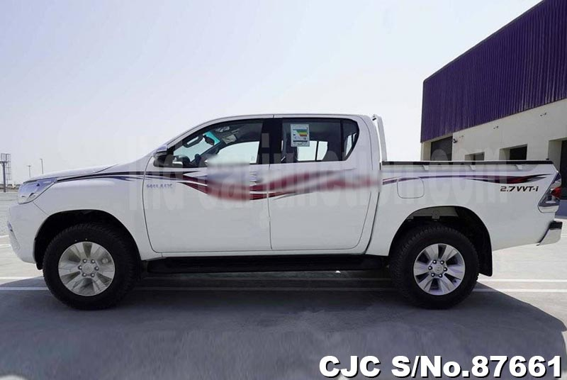 2020 Toyota / Hilux Stock No. 87661