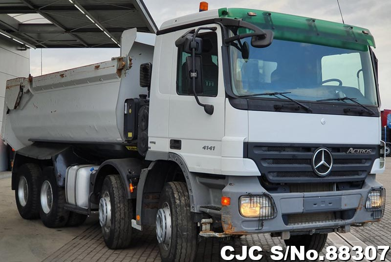 2009 Mercedes Benz / Actros Stock No. 88307