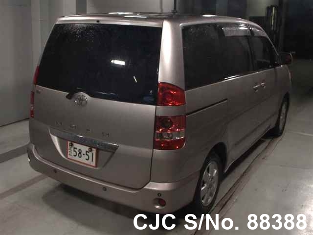2003 Toyota / Noah Stock No. 88388