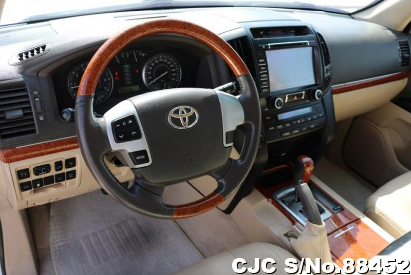 2014 Toyota / Land Cruiser Stock No. 88452