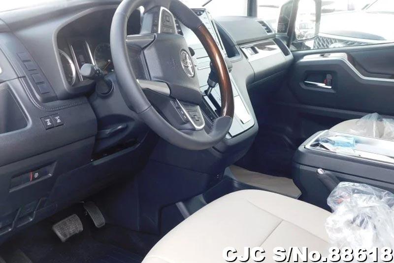 2020 Toyota / Granvia Stock No. 88618