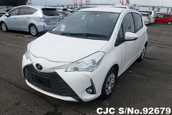 2018 Toyota / Vitz Stock No. 92679