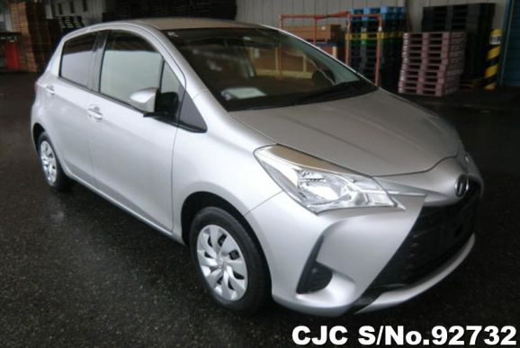 2017 Toyota / Vitz Stock No. 92732