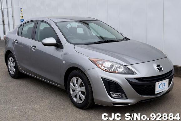 2011 Mazda / Axela Stock No. 92884