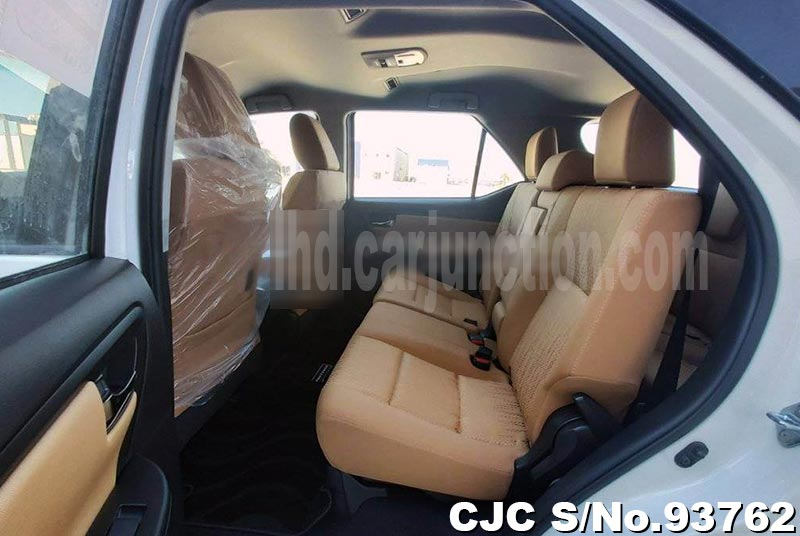 2021 Toyota / Fortuner Stock No. 93762