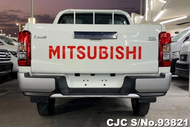 2020 Mitsubishi / L200 Stock No. 93821
