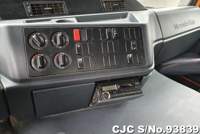 2000 Mercedes Benz / Actros Stock No. 93839