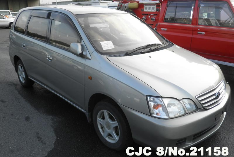 Toyota / Gaia 2000 2.0 Petrol