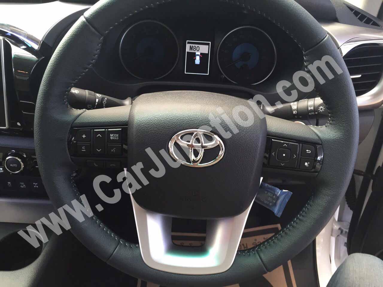 Toyota Hilux Revo Steering