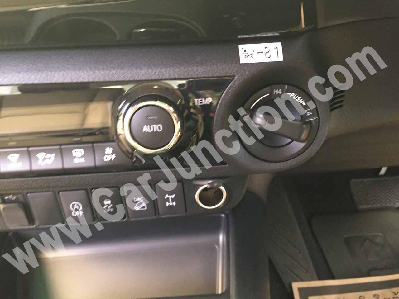Toyota Hilux Revo Stereo