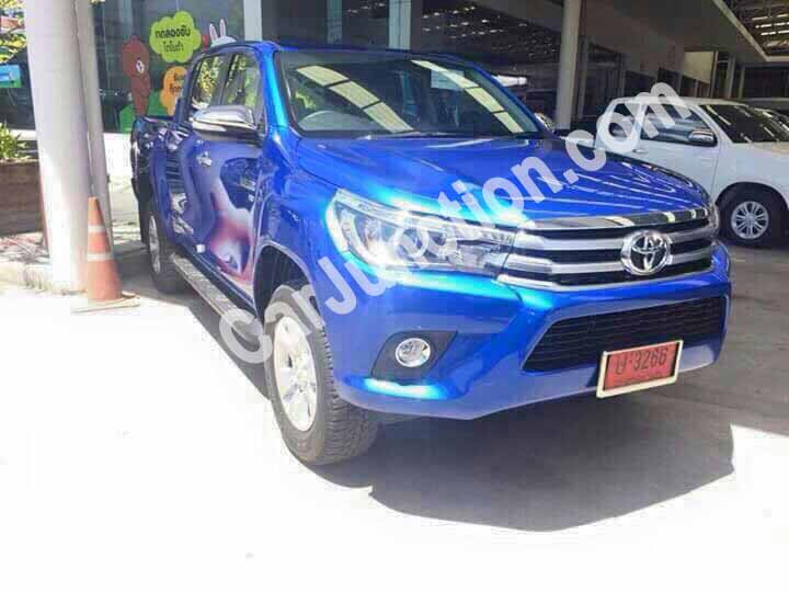 Toyota Hilux Revo in Blue