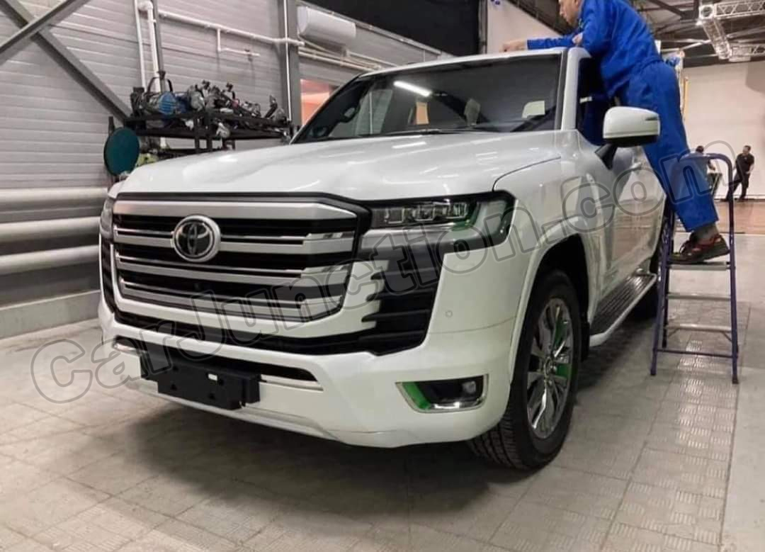 Toyota Landcruiser 2022 Uncovered Front